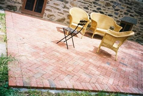 Diy Paver Patio Installation 20 Charming Brick Patio Designs