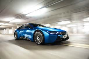 Bmw I8 Charging Bmw I8 Photo Gallery In Protonic Blue
