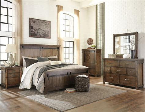 T D Furniture Bedroom Sets by Lakeleigh Brown Panel Bedroom Set From Coleman