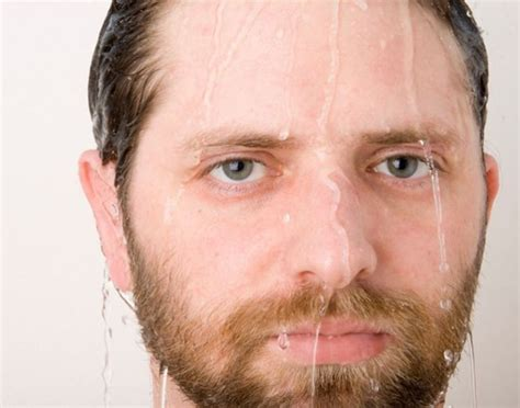 Should I Shave Before Or After Shower by Should You Shave Before Or After A Shower 5 Ways To