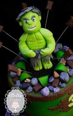 modelar en fondant mano de hulk never fear these avenger cake toppers are here the o