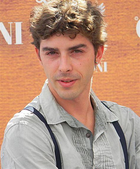 caso ilva caso ilva secondo l attore michele riondino l italia 232