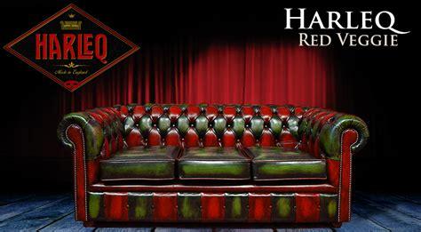 divano chesterfield rosso divano chesterfield moderno in pelle verde e rossa harleq