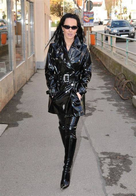 lade in pvc in black pvc raingear rainwear collection