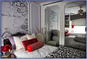 Alice In Wonderland Bedroom Alice In Wonderland Themed Bedroom Decor Home