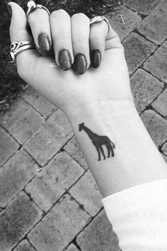 Giraffe tattoo ♥ | Adorable:) | Pinterest | Giraffe