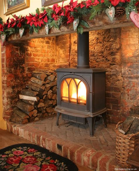 lighting a in a fireplace inglenook pottery cottage