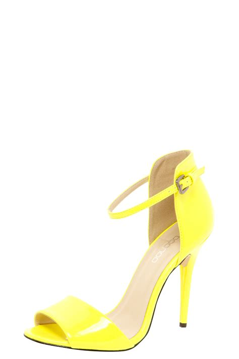 yellow strappy sandals boohoo yellow patent strappy heels in yellow ebay