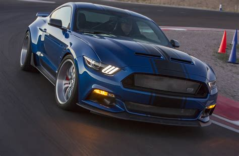 new mustang snake snakes alive shelby unveils new snake mustang
