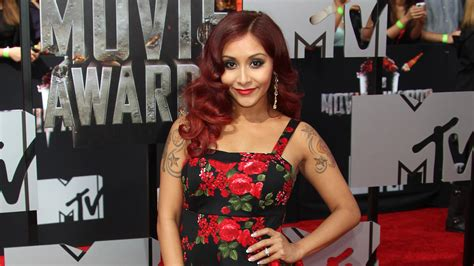snooki tattoos snooki s getting a on neck
