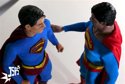superman christopher reeve vs brandon routh superman christopher reeve hot toys je suis pas superman