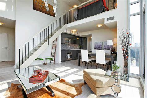 JUST SOLD: 2 storey 2 bedroom den loft at 5 Hanna Ave