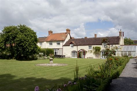 the curved house the big cottage company cossington park large uk country house the big cottage