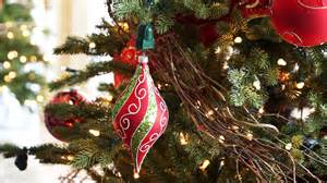 christmas tree ornament spinner giveaway