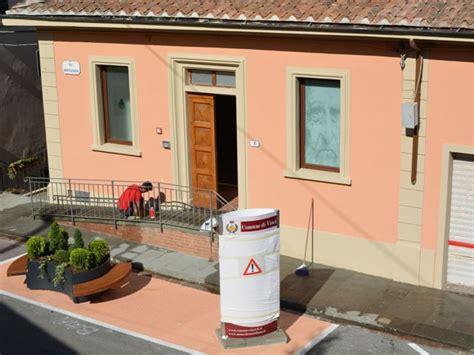 ufficio turistico firenze nuovo ufficio turistico taglio nastro in via