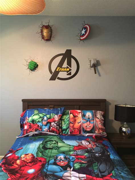 boys marvel bedroom ideas avengers wall decor avengers bedroom pinterest 2