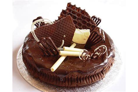 latest birthday cake designs easyday
