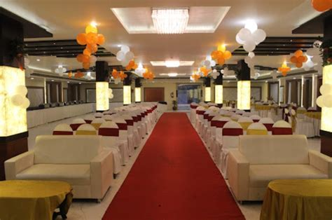 Hotel The Golden Apple Mahanagar, Lucknow   Banquet Hall