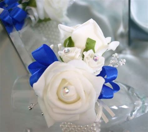 2015 prom wrist corsages 24 best prom flowers corsages and boutonnieres images on