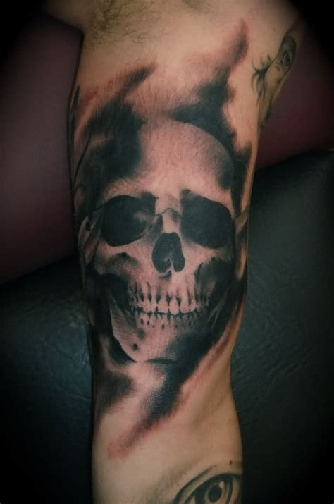 black and white skull tattoo designs sleeve images designs