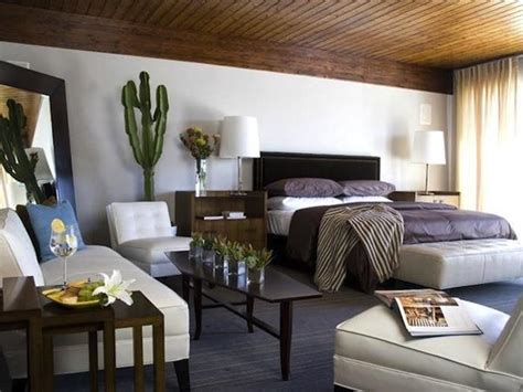 Modern Living Room Must Haves 8 Must Haves For An Inviting Modern Guest Room 212