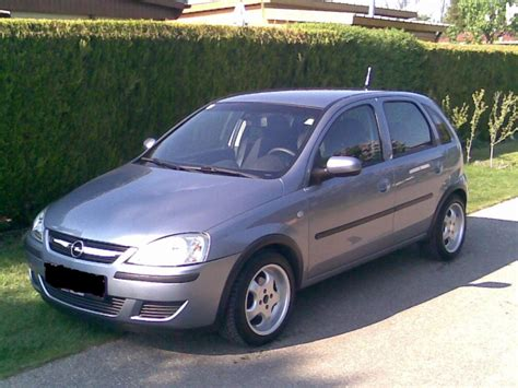 pictures of opel corsa 2004 opel corsa c pictures information and specs auto