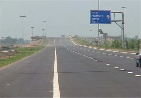 Yamuna Expressway Also Search For Three Missing Traced From Yamuna Expressway