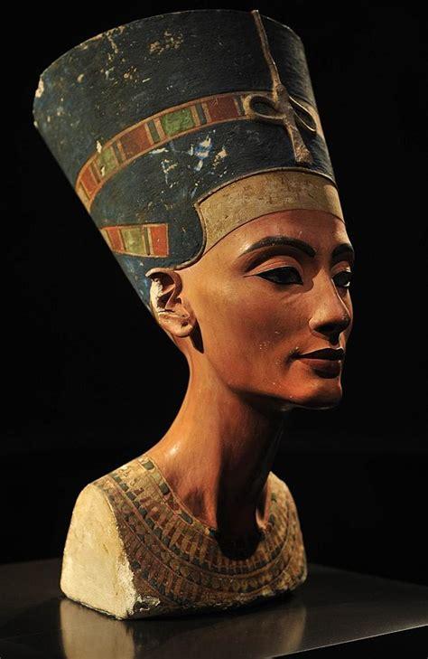 queen nefertiti greatest mystery of ancient egypt pharaoh tutankhamun s tomb may contain hidden passages