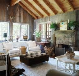 rustic cottage style living room ideas with vaulted wooden