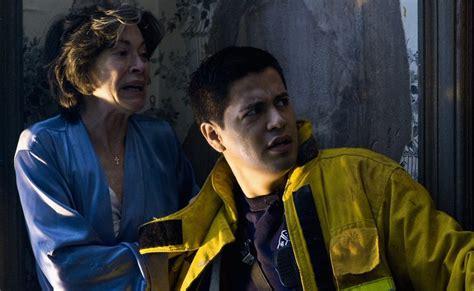 film zombie quarantine quarantine john erick dowdle jennifer carpenter rade