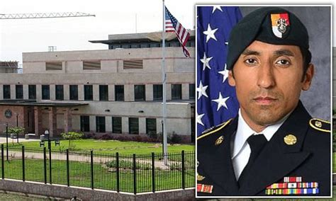 an elite navy seal who died in a parachute training accident in two members of navy s elite seal team six are under