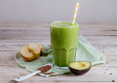 Superfood Detox Smoothie by Superfood Detox Green Smoothie Nutritionist