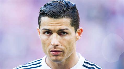cristiano ronaldo hairstyle 2015 hd youtube futbolistas famosos con infancias tristes telemundo