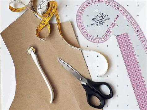 pattern cutting clothes making courses manchester intro to pattern cutting learn to draft a bodice block