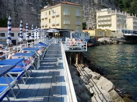 bagni delfino sorrento restaurant bagni delfino sorrento and amalfi coast