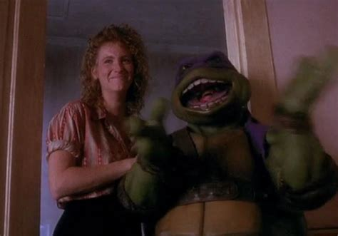 april o neil bathroom the frame in ninja turtles where you can see the actor s
