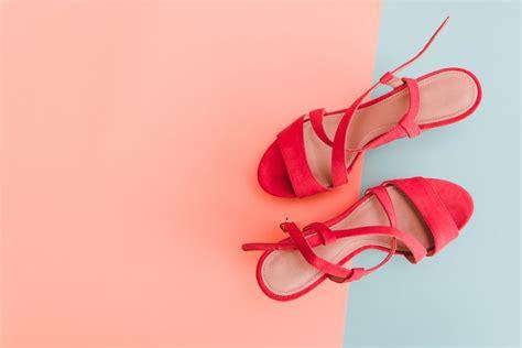 Come Fare Bene Il Cambio Di Stagione le scarpe al cambio di stagione 10 consigli per