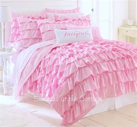 ruffled comforter 25 best ideas about ruffled comforter on pinterest