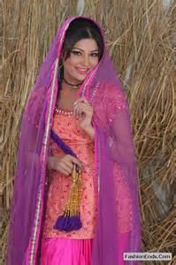 punjabi kudi hairstyle traditional hairstyle paranda fashionends com