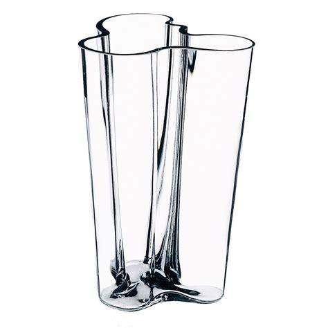 alto vase aalto vase finlandia by iittala in the shop