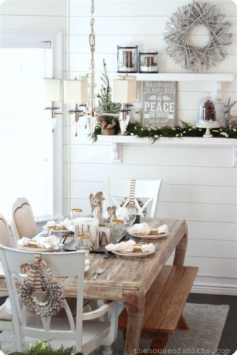 christmas decorating blogs the house of smiths home diy diy gold rimmed dinner glasses striped napkin rings