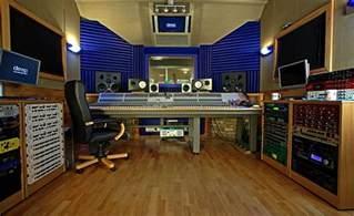 Music Studio Hip Hop Producer Guide Music Studio Vs Home Recording Studio