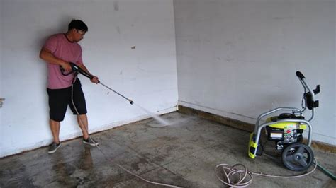 Garage Floor Paint Roller How To Install Epoxy Garage Floor Coating Lifehacker