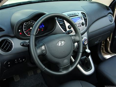 I10 Car Interior Images by Hyundai I10 Picture 60 Of 88 Interior 2011 1024x768