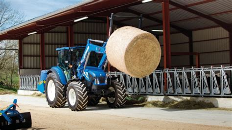 1409559998 les tracteurs complete la tracteur new holland t4 avec pont avant supersteer et dual