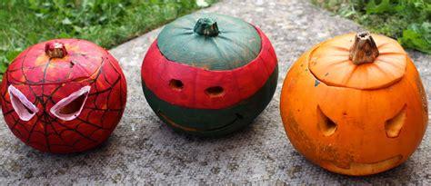 pumpkin painting and mutant turtle pumpkin painting
