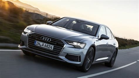 audi  upping  tech game   heated mid size
