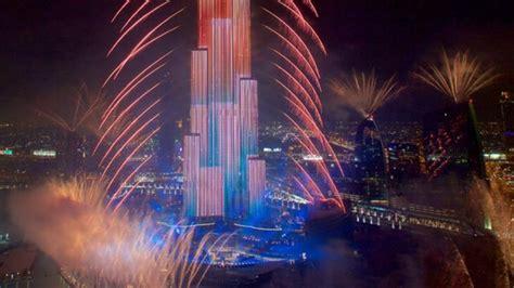 dubai new year burj khalifa dubai new year celebrations and fireworks