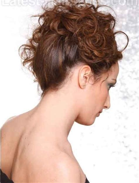 hairstyles for short dry hair best easy hairstyle ideas for frizzy hair simple quick