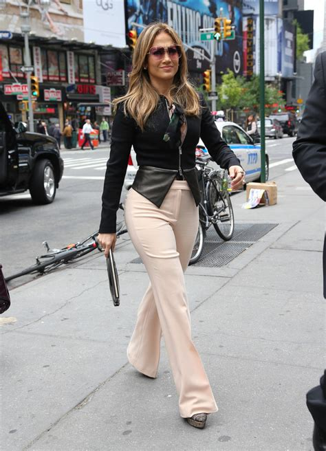 jennifer lopez no pants what to wear if you re pear shaped the style secrets